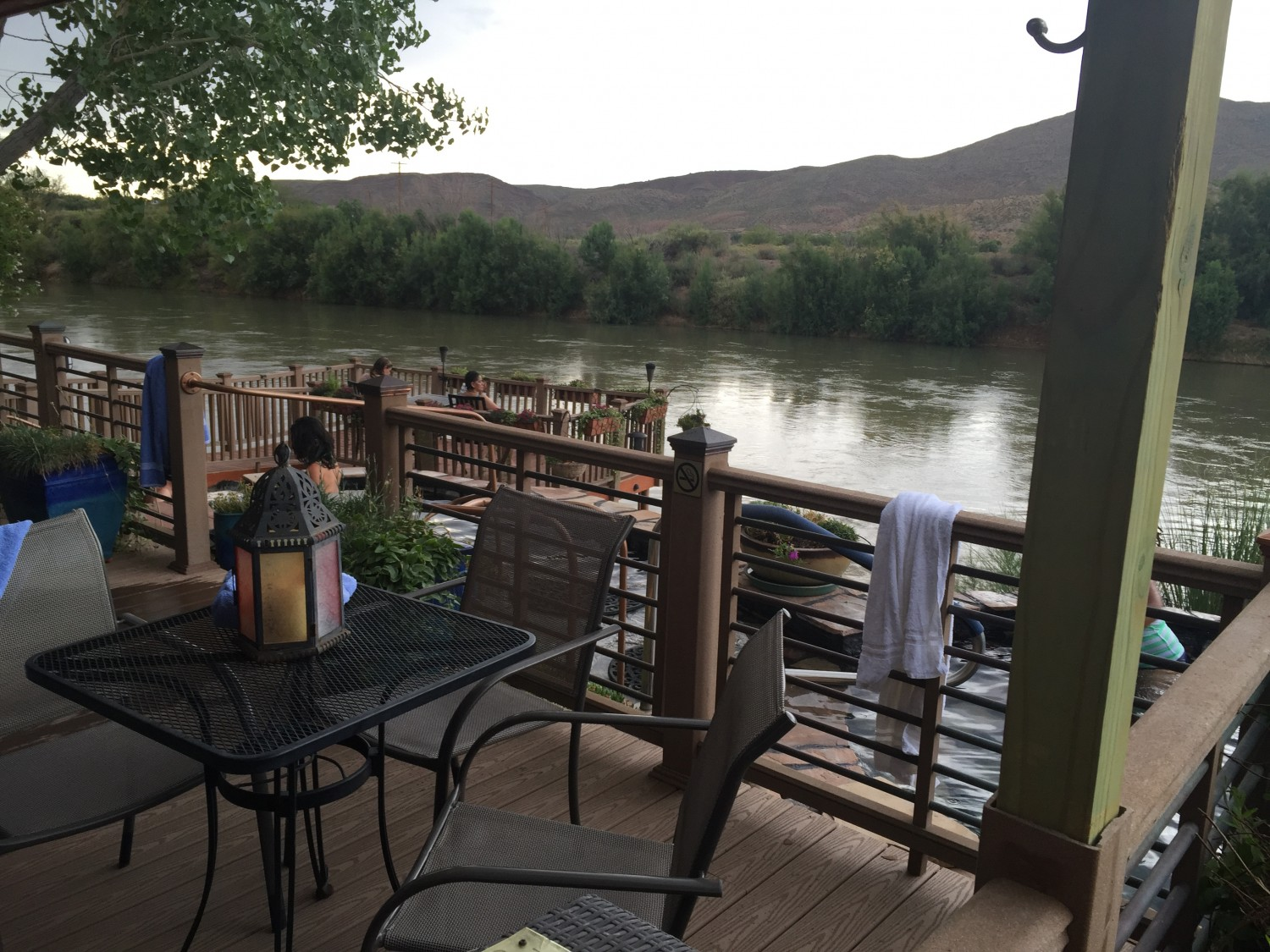 24 Take A Soak At Riverbend Hot Springs I Am New Mexico