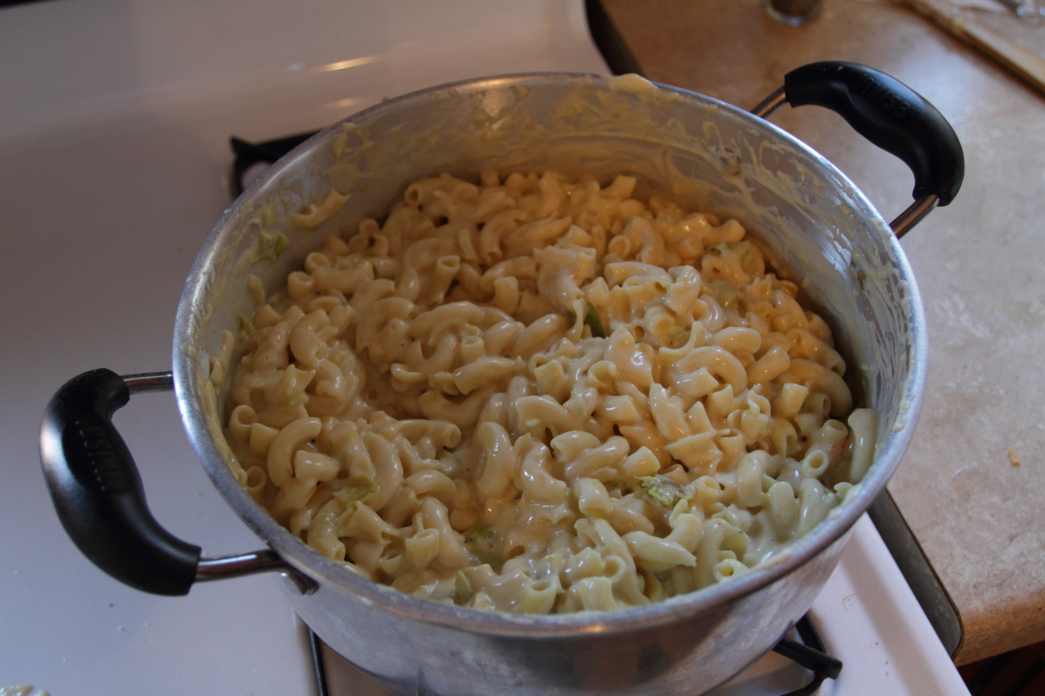 3-cheese-green-chile-macaroni-03
